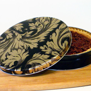 "10"" Pecan Pie in Elegance Tin"