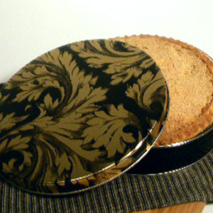 "10"" Shoofly Pie in Elegance Tin"